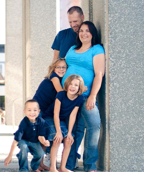 Family Photographer Belleville Illinois-10111